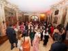 Les mariés dansent dans le salon des Gobelins
